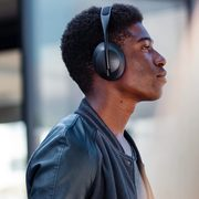 Bose.ca: Bose Noise Cancelling Headphones 700, Refurbished $349.99 (regularly $499.99)