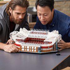 [Amazon.ca] Save 15% on the LEGO Creator Old Trafford Set!